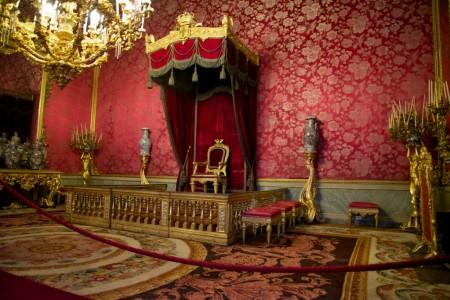 Royal-Apartments